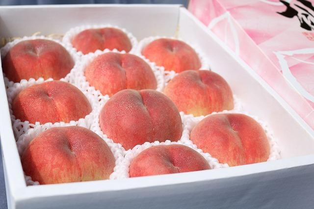 贈答用の桃